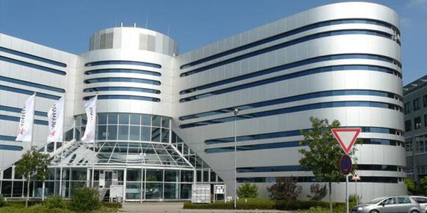 r2comSport Physiotherapie Neu-Isenburg Gebäude
